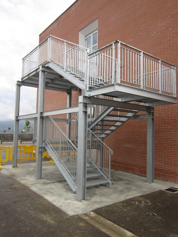 emergency stair with steel structure